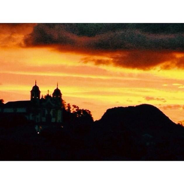 Pôs do sol em Tiradentes, vista para Igreja Matriz.